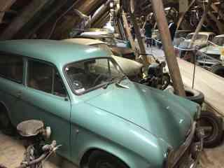 Samochody na strychu w Egeskov