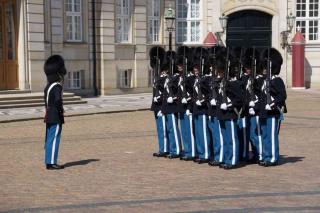 Amalienborg - zmiana warty