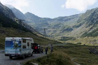 Widok na przełęcz na trasie Transfogarskiej