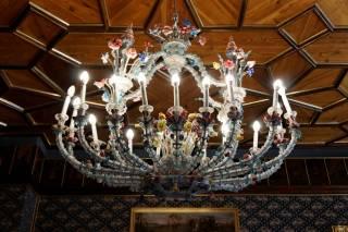 Pałac Betliar - żyrandol ze szkła murano