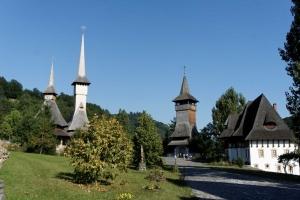 Teren Manastirea Barsana - drewniane iglice