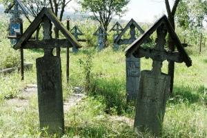 Wesoły Cmentarz Sapanta - stare groby